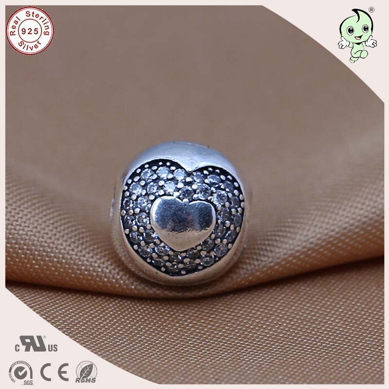 New Arrival High Quality 925 Sterling Silver Love Heart Pattern Clip Charm Fitting European Famous Silver Snake Chain